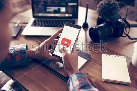 Upload a Center Align Video in WordPress